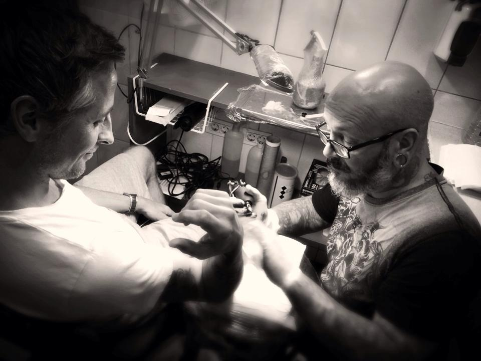 Fotografering hos tatovør Aalborg