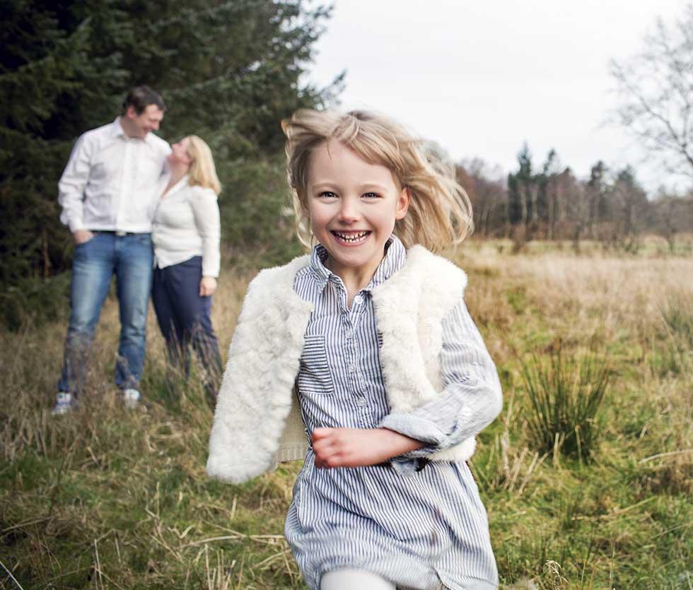 Familie Fotograf i Aalborg. Familiefotografeirng. Flotte Familiebilleder. Fotograf i esbjerg